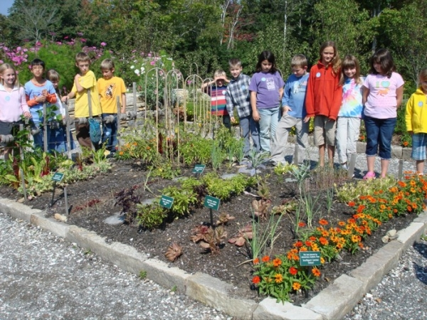 kids-with-garden-from-web.jpg